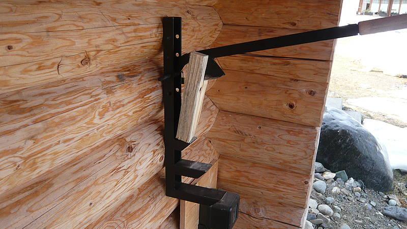 Holzspalter für Wandbefestigung