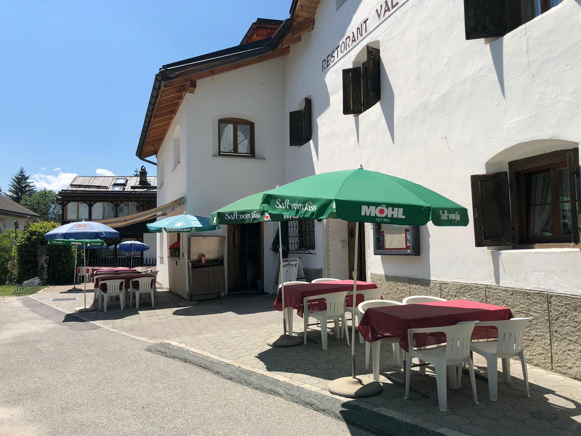 Hotel Restaurant Val d'Uina Terrasse